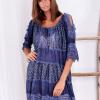SCANDEZZA Niebieska sukienka boho z wycięciami na ramionach - zdjęcie 6
