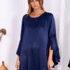 SCANDEZZA Granatowa sukienka z hiszpańskimi rękawami - zdjęcie 4