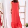 SCANDEZZA Czerwona długa sukienka z falbaną - zdjęcie 6