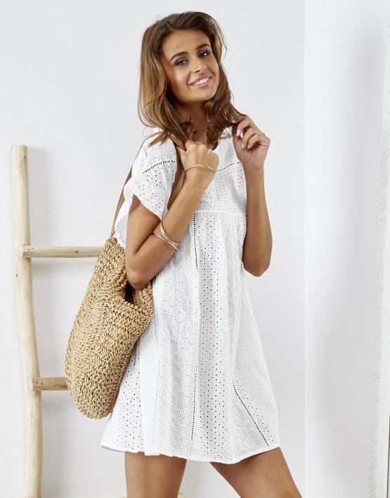 SCANDEZZA Biała sukienka z haftem angielskim