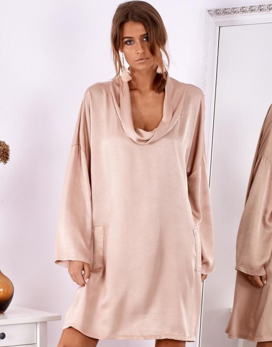 SCANDEZZA Pudroworóżowa luźna sukienka z jedwabiem