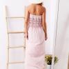 SCANDEZZA Różowa sukienka maxi z dekoltem carmen - zdjęcie 4