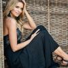 SCANDEZZA Czarna sukienka maxi z cekinową górą - zdjęcie 3