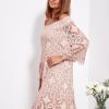 SCANDEZZA Pudroworóżowa sukienka hiszpanka z kwiatową koronką - zdjęcie 2