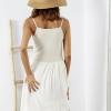 SCANDEZZA Beżowa sukienka z ozdobną górą - zdjęcie 3