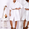 SCANDEZZA Biała bawełniana sukienka szmizjerka - zdjęcie 3