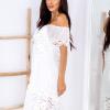 SCANDEZZA Biała sukienka hiszpanka z koronkowymi modułami - zdjęcie 3