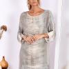 SCANDEZZA Khaki sukienka oversize z cekinami w malarski deseń - zdjęcie 3
