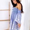 SCANDEZZA Niebieska sukienka w paski - zdjęcie 1