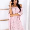 SCANDEZZA Różowa koronkowa sukienka z hiszpańskim dekoltem - zdjęcie 1