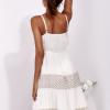 SCANDEZZA Beżowa sukienka na ramiączkach z koronką - zdjęcie 2