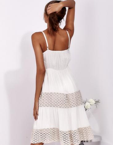 SCANDEZZA Beżowa sukienka na ramiączkach z koronką