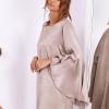 SCANDEZZA Beżowa sukienka z hiszpańskimi rękawami - zdjęcie 1