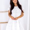 SCANDEZZA Biała ażurowana sukienka oversize - zdjęcie 1