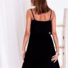 SCANDEZZA Czarna ażurowana sukienka z falbaną przy dekolcie - zdjęcie 4