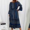 SCANDEZZA Granatowa sukienka maxi hiszpanka ze wzorem - zdjęcie 5