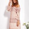 SCANDEZZA Pudroworóżowa sukienka hiszpanka z koronką i perełkami - zdjęcie 5