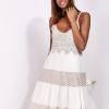 SCANDEZZA Beżowa sukienka na ramiączkach z koronką - zdjęcie 1