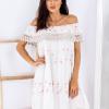 SCANDEZZA Beżowa sukienka w flamingi - zdjęcie 1