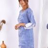 SCANDEZZA Niebieska sukienka oversize z cekinami w malarski deseń - zdjęcie 4