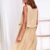 SCANDEZZA Beżowa zwiewna sukienka damska z cekinową lamówką - zdjęcie 2