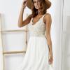 SCANDEZZA Beżowa sukienka z ozdobną górą - zdjęcie 2