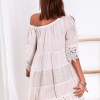 SCANDEZZA Beżowa sukienka boho z wycięciami na ramionach - zdjęcie 3
