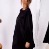SCANDEZZA Czarna sukienka z hiszpańskimi rękawami - zdjęcie 2