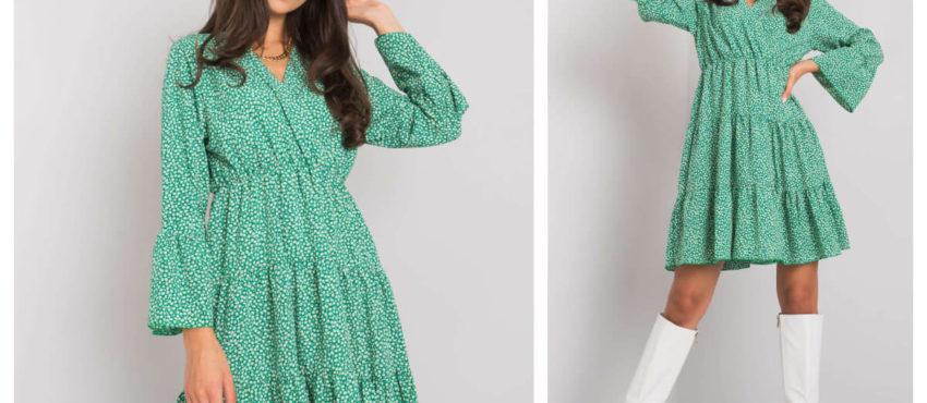 Zielona, rozkloszowana sukienka na jesień